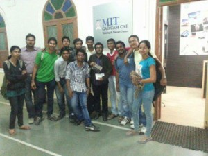 Students of MIT Alandi gifting Sumit Asrani a memento after training