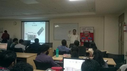 IndiaFIRST™ Robotics Academy conducts workshop for Fujitsu India