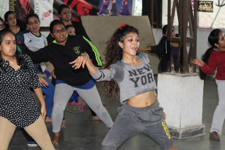 URDA - Shweta Pardeshi conducting a Zumba class
