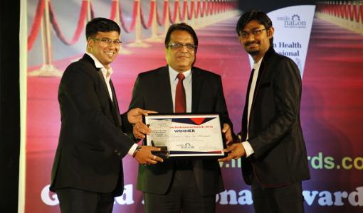 Swapnil Bumb Presenting Award