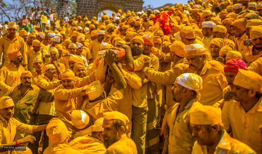 Mahesh Lonkar Photography - Devotees at Jejuri