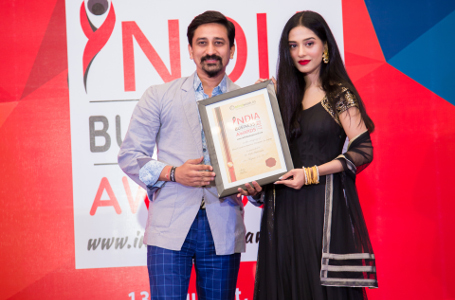 Vipin Bakiwala honoured with Most Creative Interior Designer in Jaipur award 2017