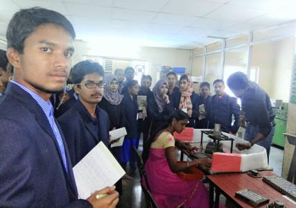 Professor Srinivas Gunda - Kwality Photonics Plant Tour