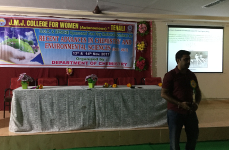 Dr Ravi Varala as invited speaker in a college in Tenali