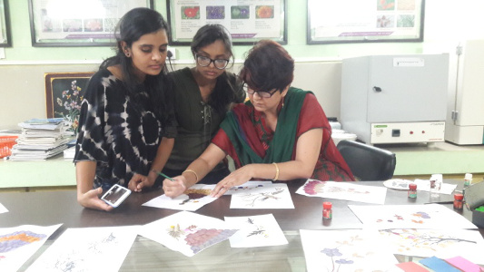 Dr Alka Singh - Students trained under Experiential Learning Program on different aspects of floriculture