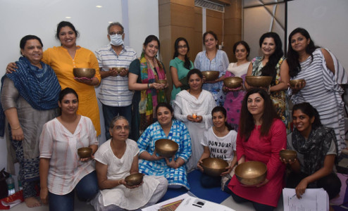 Sujata Singhi - Batch of qualified professional healers in Sound Bowl - Dec 2017
