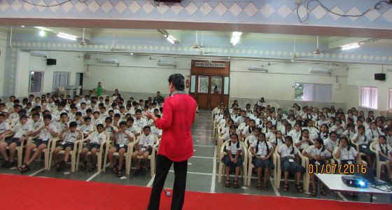 Sujata Singhi - NLP for teenagers - seminar at a school - Jul 2016