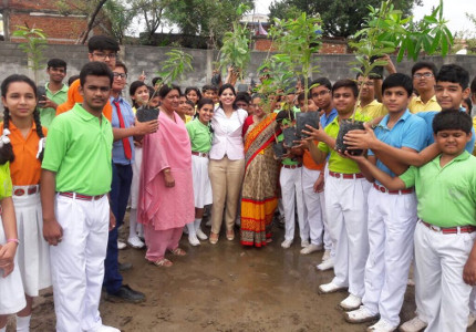 Palak Tiwari - Tree Plantation Drive