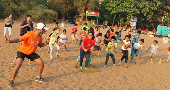 Sunil Karmalkar Fitness Waves - Kids at Beach 1