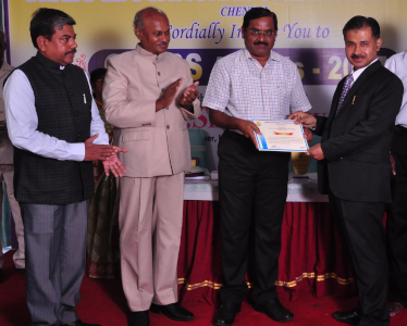 Hardeep Singh - receiving Best Young Researcher Award 2017 at GRABS Award Ceremony, Chennai