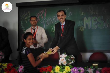 Vikram Kolhe - Felicitated by students on Teachers Day