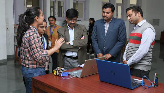 Dr Sudhir Kumar - Reviewing Student Projects