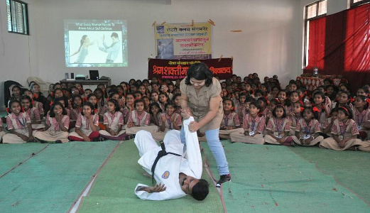 Dr Sandhya Khedekar conducting Self Defence workshop