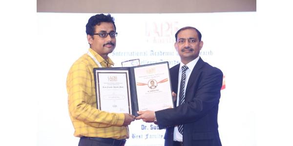 Dr Subhasis Roy - IARE Award 2019 - Best Faculty Award